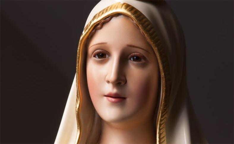 Santa María de la mirada limpia